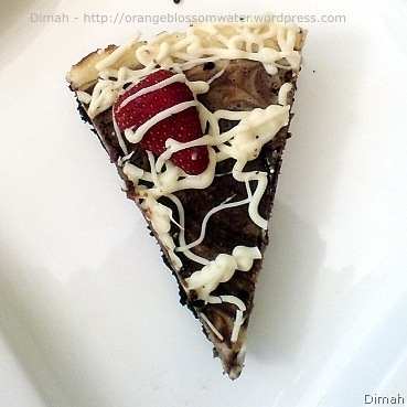 Dimah - http://orangeblossomwater.net - Cheesecake with Oreo Crust, and Mini Cheesecake 5