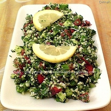 Dimah - http://www.orangeblossomwater.net - Tabbouleh 5