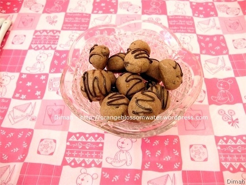 Dimah - http://www.orangeblossomwater.net - Chocolate Citrus Truffle Cookies 5