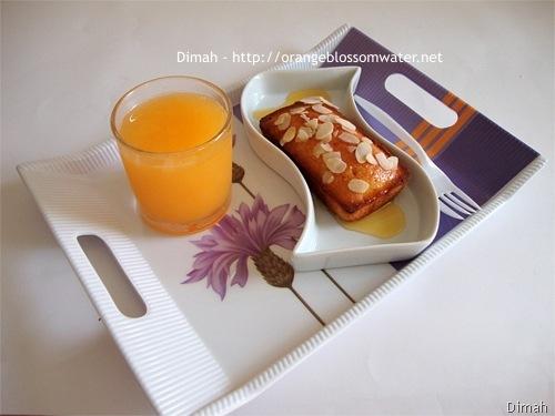 Dimah - http://www.orangeblossomwater.net - Sticky Mandarin Loaves 4