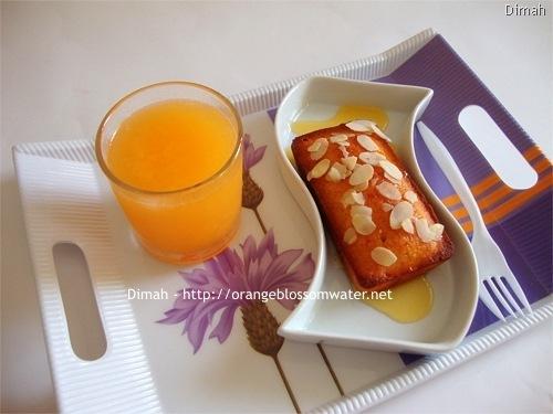 Dimah - http://www.orangeblossomwater.net - Sticky Mandarin Loaves 9