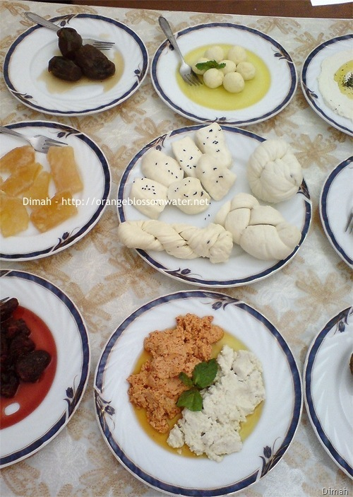 Dimah - http://www.orangeblossomwater.net - Typical Syrian Breakfast 98