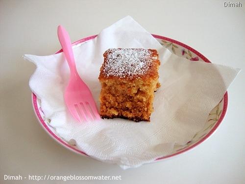 Dimah - http://www.orangeblossomwater.net - Ginger Spice Cake 5