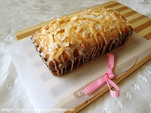 Dimah - http://www.orangeblossomwater.net - Lemon Coconut Bread 6