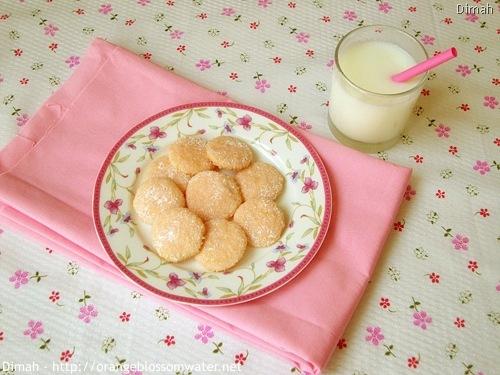 Dimah - http://www.orangeblossomwater.net - Pink Lemonade Wafers 5