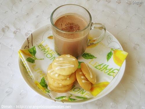 Dimah - http://www.orangeblossomwater.net - White Chocolate Orange Dream Cookies 6