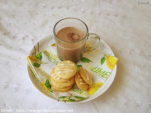 Dimah - http://www.orangeblossomwater.net - White Chocolate Orange Dream Cookies 7