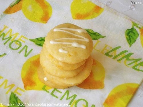 Dimah - http://www.orangeblossomwater.net - White Chocolate Orange Dream Cookies 90