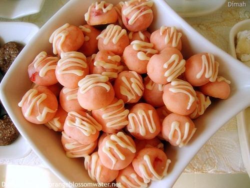 Dimah - http://www.orangeblossomwater.net - Eid Al-Adha, Sweets - 2010 92