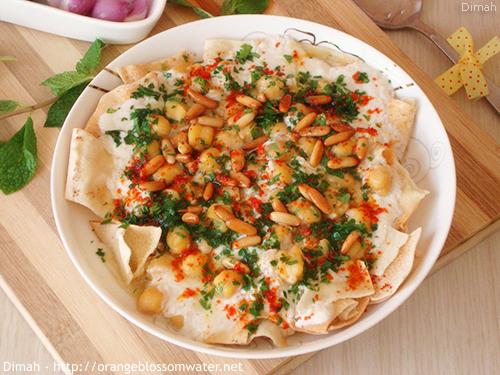 Dimah - http://www.orangeblossomwater.net - Fattet Hummus Bel-Laban 99e