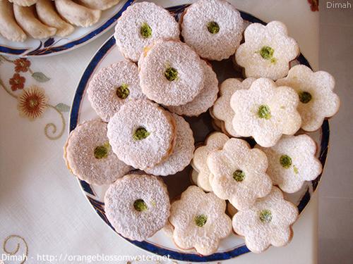Dimah - http://www.orangeblossomwater.net - Eid Al-Fitr, Sweets - 2013 99e