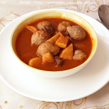Dimah - http://www.orangeblossomwater.net -Kibbeh Safarjaliyeh 99m