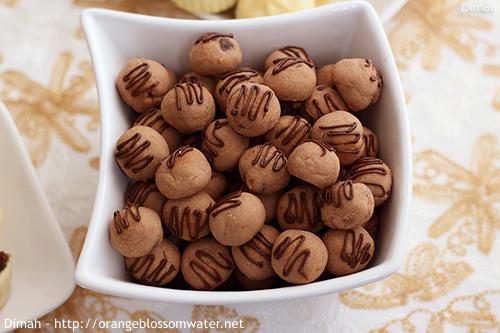 Dimah - http://www.orangeblossomwater.net - Eid Al-Adha, Sweets 93 500