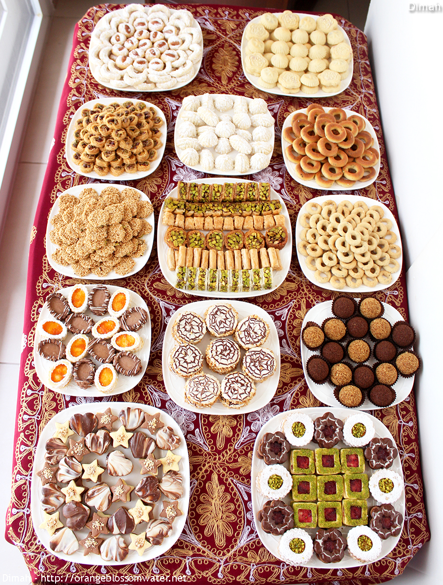 Download Arabic Eid Al-Fitr Food - Eid-Al-Fitr-Sweets-2017-1-900  Trends_486595 .jpg